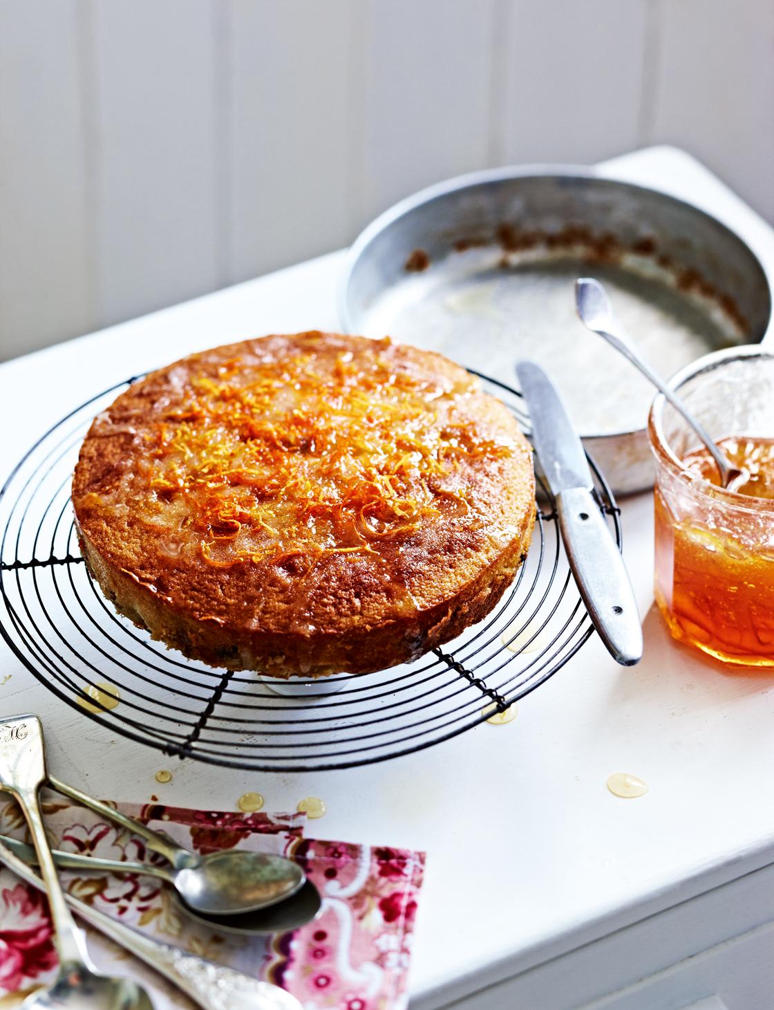 Quick marmalade cake