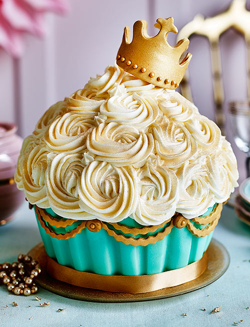 How To Royal Ice A Cake