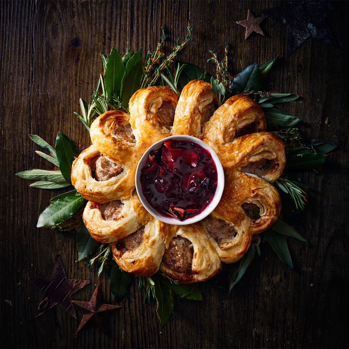How To Make A Sausage Roll Wreath Sainsbury S Magazine