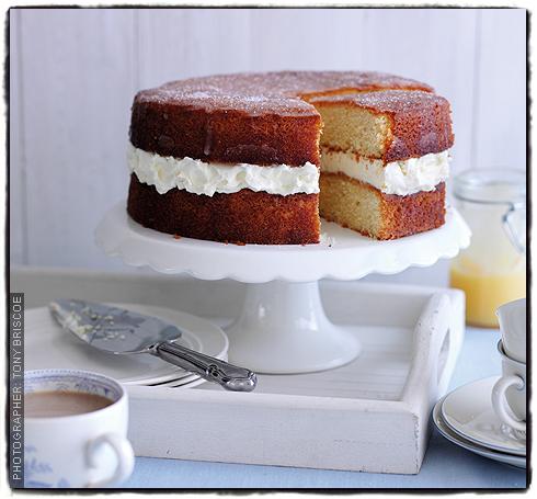 Jo Wheatley Lemon Drizzle Cake