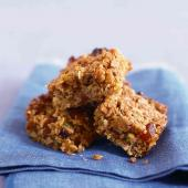 Apricot and pistachio flapjacks