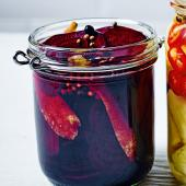 Gin beetroot pickle