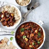 Aubergine and halloumi curry