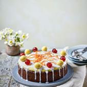 Cherry and almond Easter cake