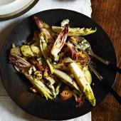 Chicory, walnut and Roquefort salad