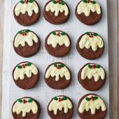 Christmas pudding mint 'Oreos'