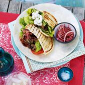 Lamb salad naan pockets with quick tamarind chutney