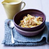 Toffee-apple crumble with whisky custard