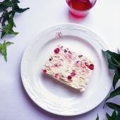 Cranberry meringue parfait