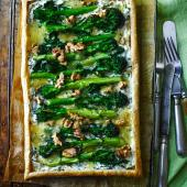 Purple sprouting broccoli blue cheese tart