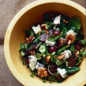 Grape, Gorgonzola and walnut salad