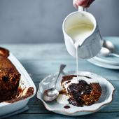 Self-saucing sticky toffee pudding