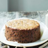 Whisky & ginger Christmas cake