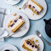Blueberry cheesecake crumble bars