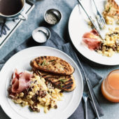 Scrambled eggs with porcini and prosciutto