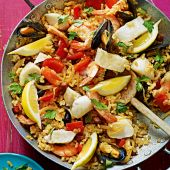 Seafood and chorizo paella
