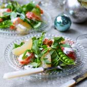 Lobster, grapefruit and pea shoot salad