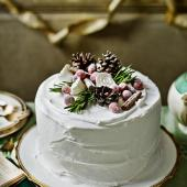 Decoration idea: Alpine cake