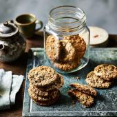 Brown butter, oat and chocolate chip cookies