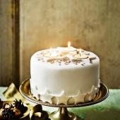Decoration idea: Starry night Christmas cake