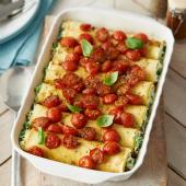 Cannelloni with balsamic glazed tomatoes