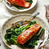 Sweet chilli salmon parcels