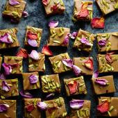 Cardamom and rose fudge