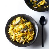 Pasta shells with sardines, fennel and saffron