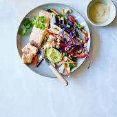 Salmon fillet with Asian slaw