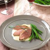 Duck breasts with a piquant lime and ginger sauce