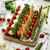 'Edible garden' crudités and dips