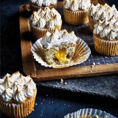 Lemon and poppy seed meringue cupcakes