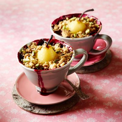 Pear and forest fruit crumble