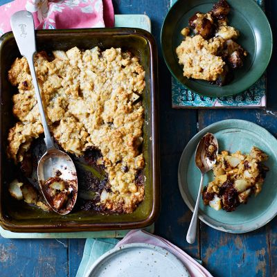 Chocolate and pear flapjack crumble
