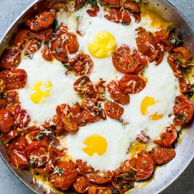 One-pan Italian baked eggs