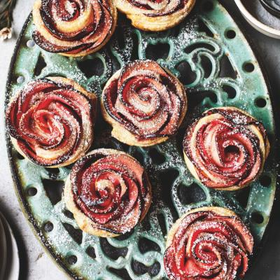 Apple rose tarts