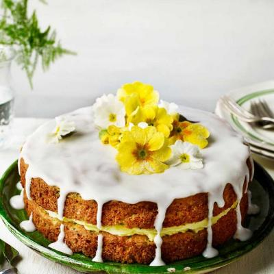Courgette and lemon drizzle cake