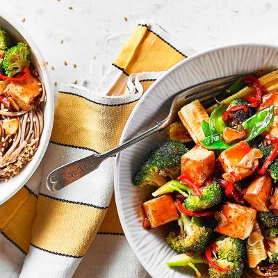 Teriyaki tofu and broccoli stir-fry