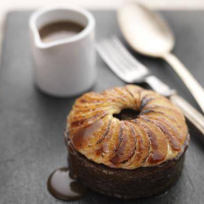 Date and toffee puddings with caramelised bananas