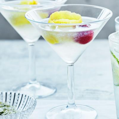 Vodka, elderflower and lemon Martini