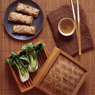 Sesame prawn toasts