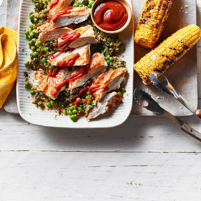 BBQ chicken and quinoa with corn