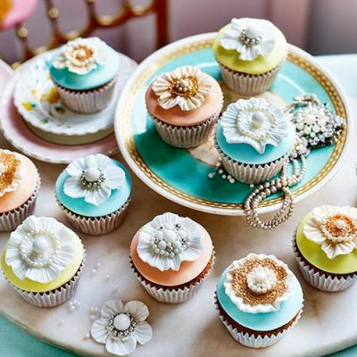 Crown jewels cupcakes
