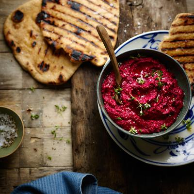 Salt-baked beetroot houmous with spelt flat breads