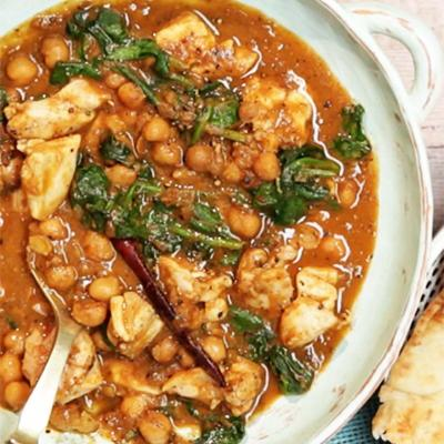 Chicken, chickpea and spinach curry