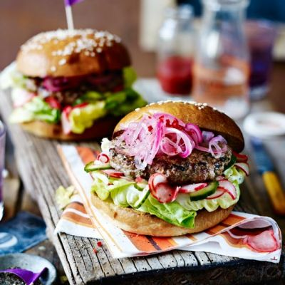 Vietnamese lamb burgers with pickled vegetables