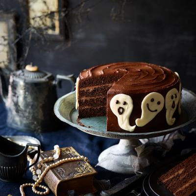 Spiced chocolate ghost cake