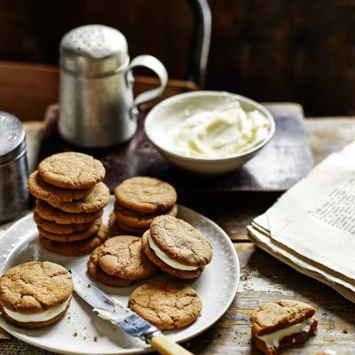 Lemon cheesecake gingernuts