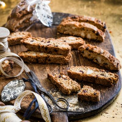 Mincemeat, macadamia and cranberry biscotti