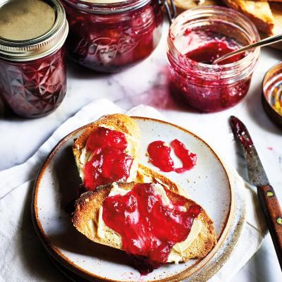 Plum and bay jam